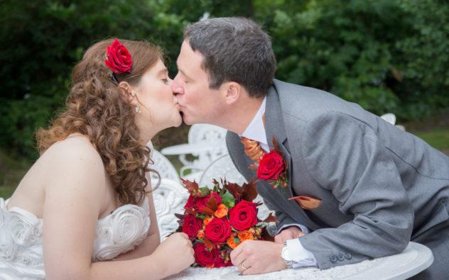 Wokingham Wedding Photographer, Cantley House – Alex & Paul